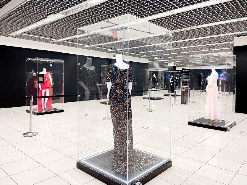 La Silueta Creada · Exposición de moda en Valencia 1